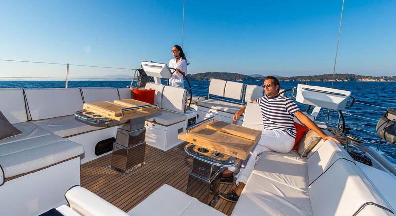oceanis_yacht_12