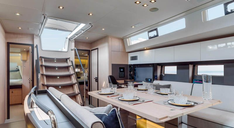 oceanis_yacht_24