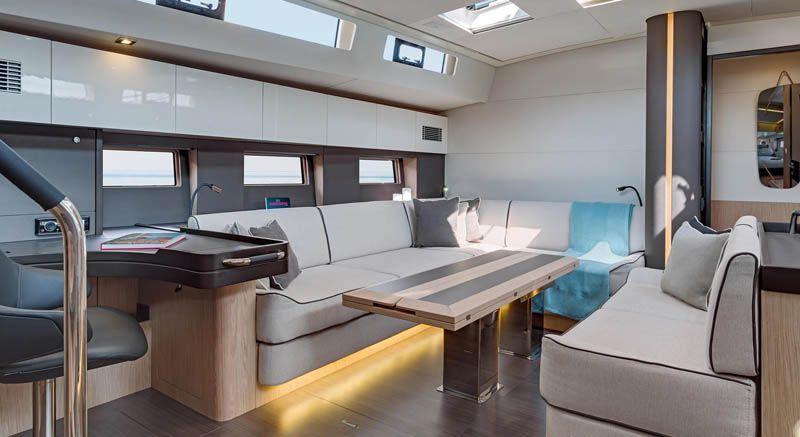 oceanis_yacht_25
