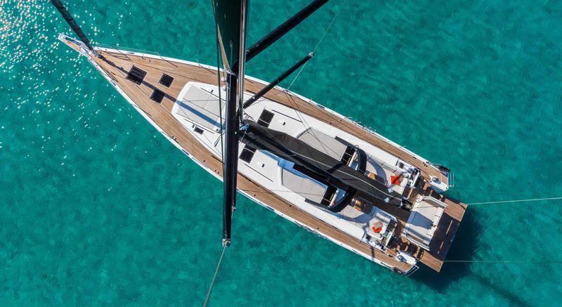 oceanis_yacht_37